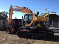 23 Tonne Excavator (Reduced Tail Swing)